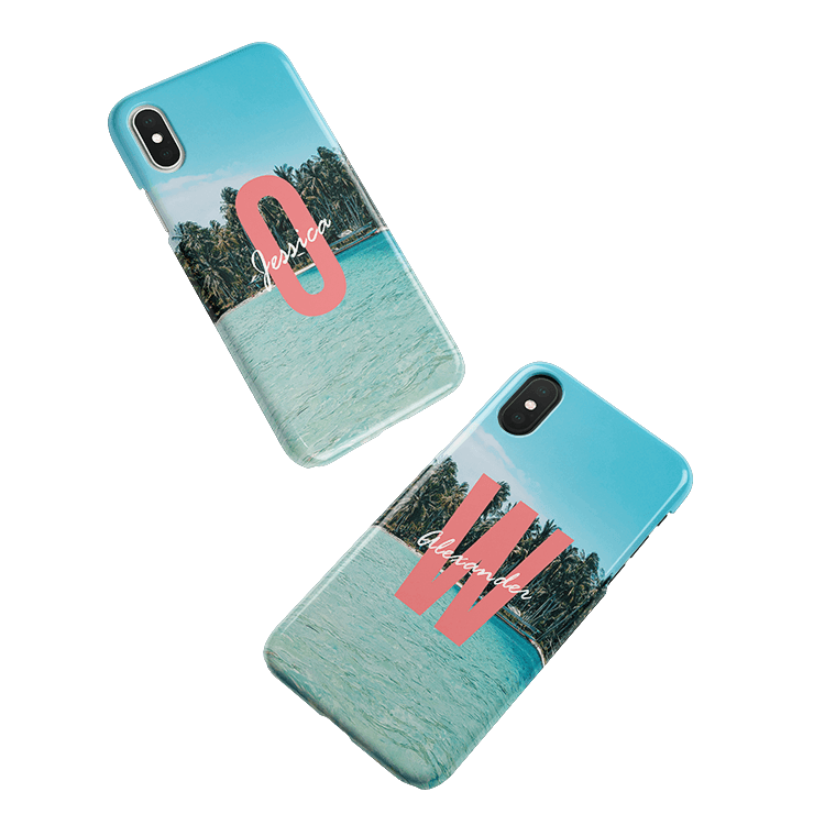 Put your monogram on a iPhone XS smartphone case